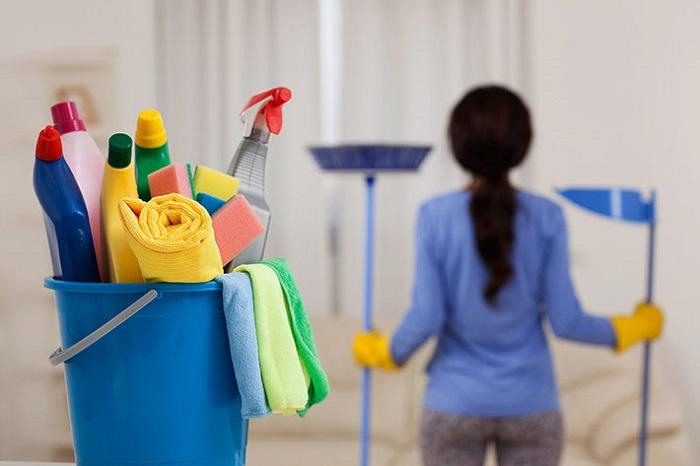 نظافت راه پله ها و منازل مسکونی