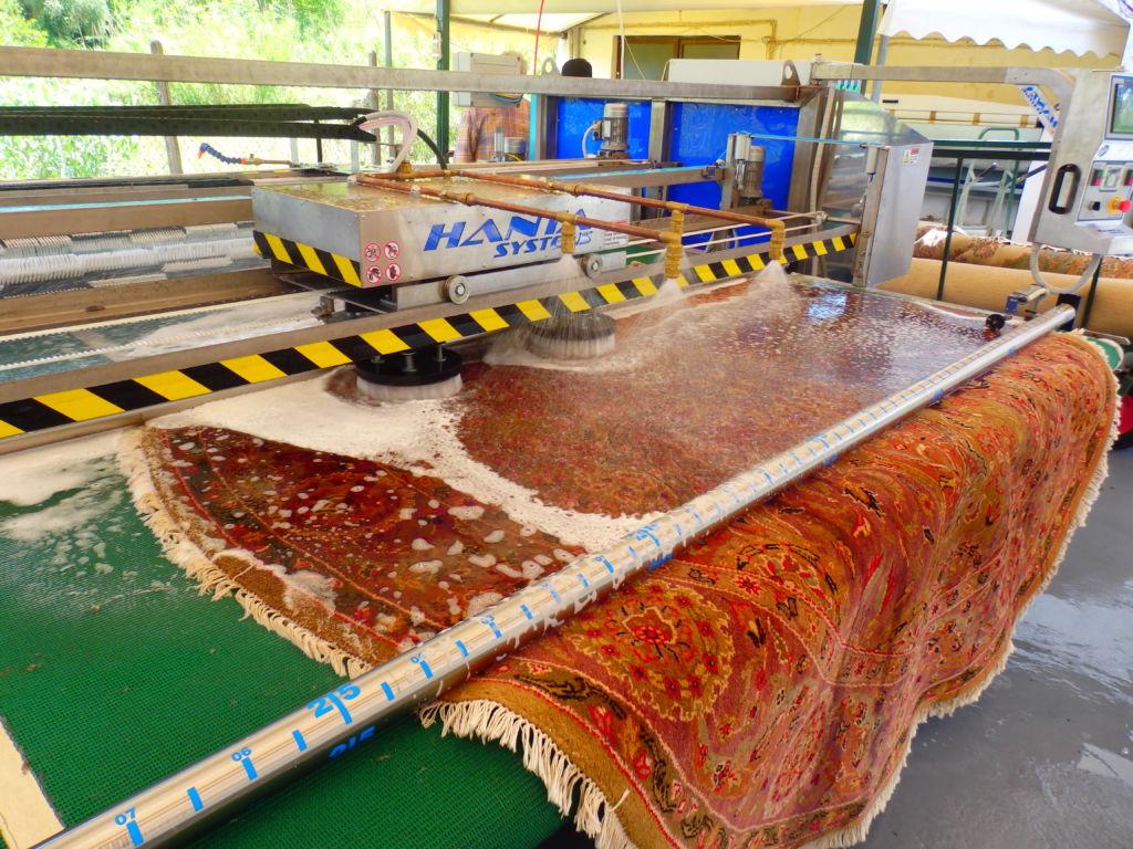 شستشوی فرش در بهترین قالیشویی تهران