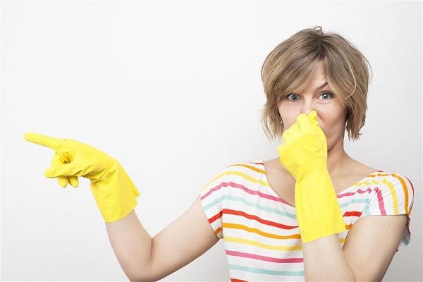 از بین بردن بوی غذا و سوختگی