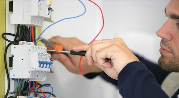 خدمات برقکاری ساختمان و انواع خرده کاری برق