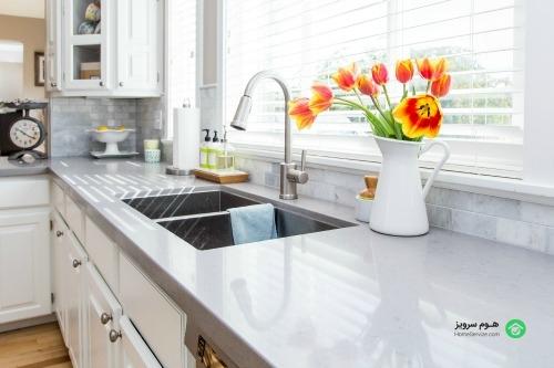 ترفندهای نظافت منزل توسط خانم جوان و با تجربه
