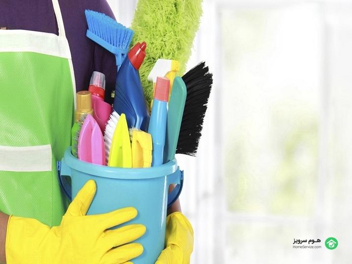 صرفهجویی در زمان و هزینه، انجام خدمات تخصصیتر توسط نیروی کارآزموده و خبره، بهرهگیری از انواع خدمات نظافتی ، عدم نیاز به تهیه انواع مواد شوینده و لوازم موردنیاز نظافت از جمله مزایای خدمات نظافت منزل میباشد.