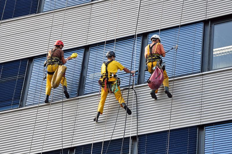 Photo of نماشویی ساختمان با طناب برای برج های مسکونی