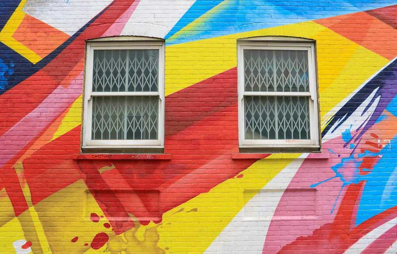 نقاشی دیوار و ساختمان در تهران