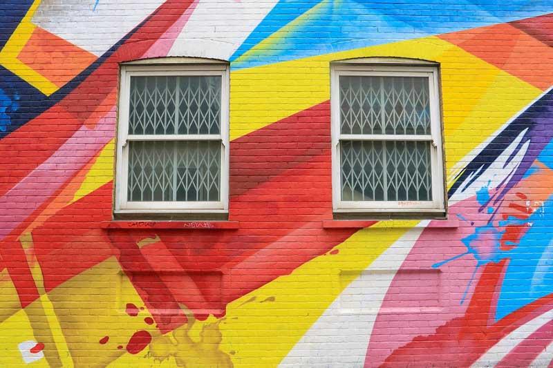 Photo of نقاشی دیوار و ساختمان در تهران