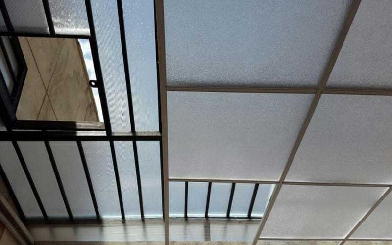 اجرای سقف کاذب برای حیاط خلوت