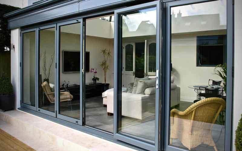 چرا قیمت پنجره دوجداره همیشه ثابت نیست؟