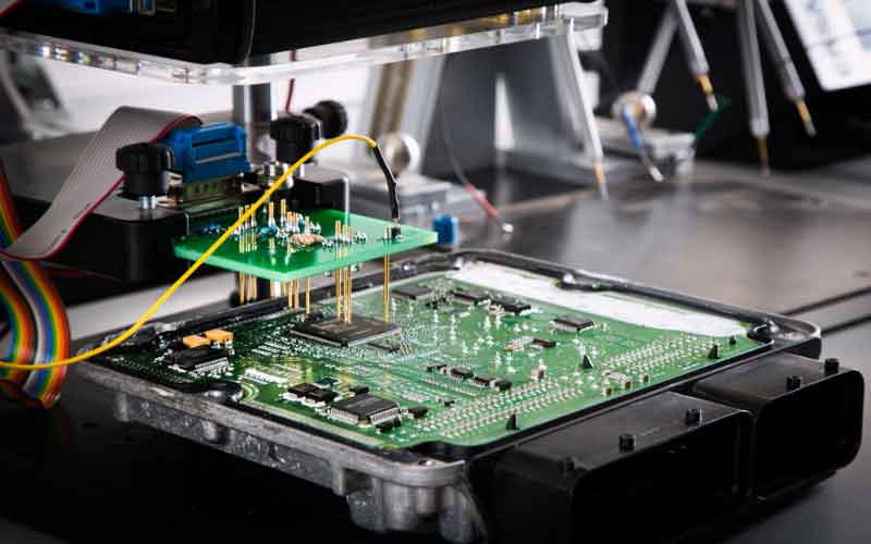 Photo of تعمیر کامپیوتر خودرو در تهران