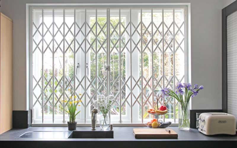 هزینه ساخت خفاظ پنجره