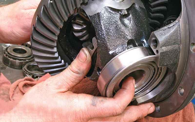 تعوض روغن گیربکس اتوماتیک و روغن موتور