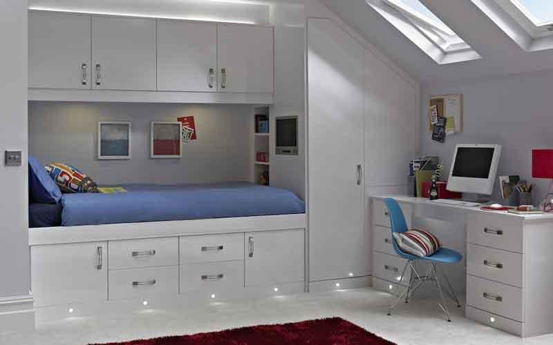 طراحی کمد دیواری اتاق خواب کوچک