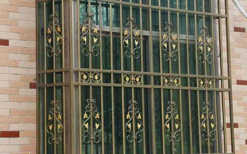چگونه قیمت حفاظ پنجره را تخمین بزنیم؟
