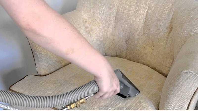 طریقه شستن مبل با بخارشو