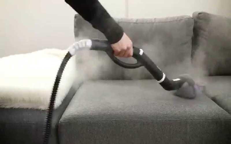 چگونه مبل ها را با بخارشوی خانگی تمیز کنیم؟