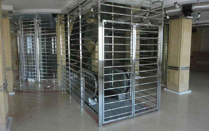 قیمت حفاظ استیل پنجره