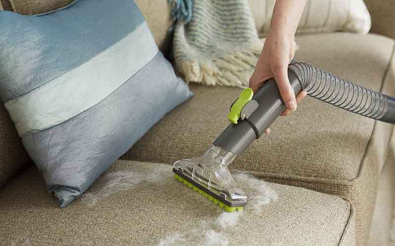 چگونه با شامپو فرش مبل ها را تمیز کنیم؟ شستن مبل