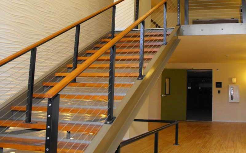 چگونه راه پله های داخلی و خارجی ساختمان را تمیز کنیم؟ نظافت راه پله ساختمان