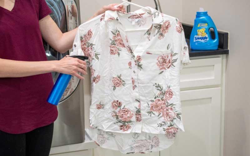 خشکشویی و اتو کردن لباس