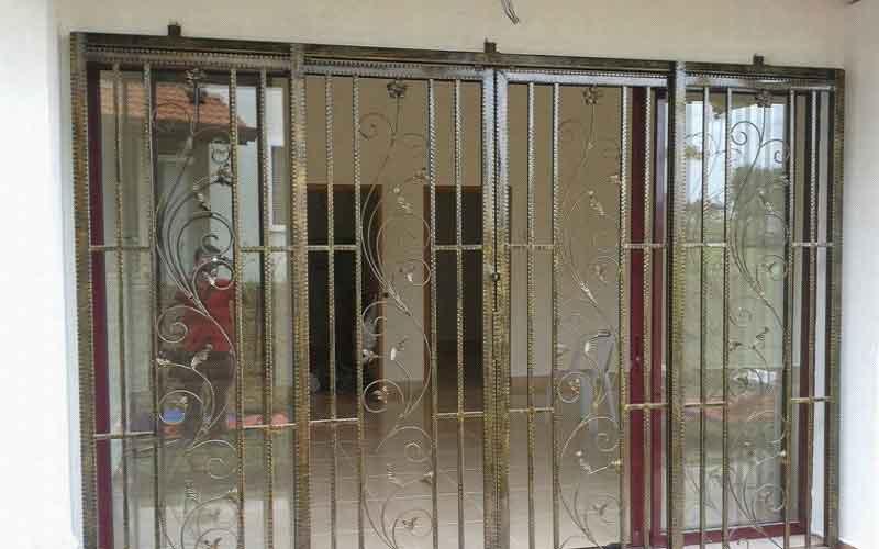 محافظ درب آپارتمان نصب فوری