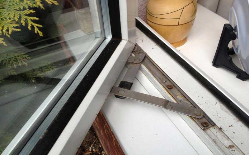 رگلاژ پنجره دو جداره فوری