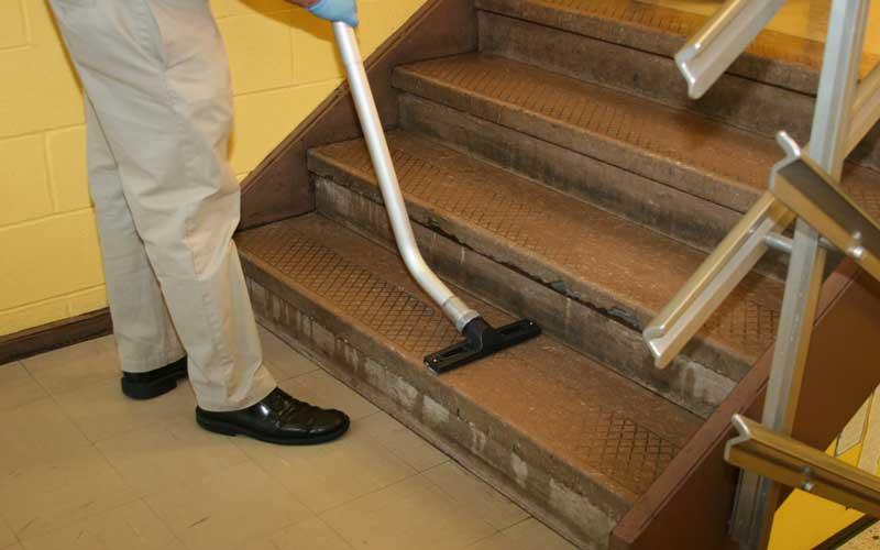 Photo of چرا قیمت نظافت راه پله همیشه ثابت نیست؟