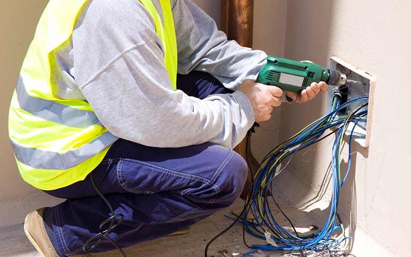 برق کار ساختمان حرفه ای