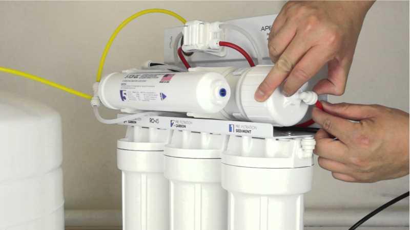 تعمیر پمپ دستگاه تصفیه آب خانگی