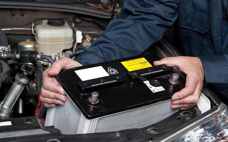 چگونه عمر باتری خودرو را طولانی تر کنیم؟