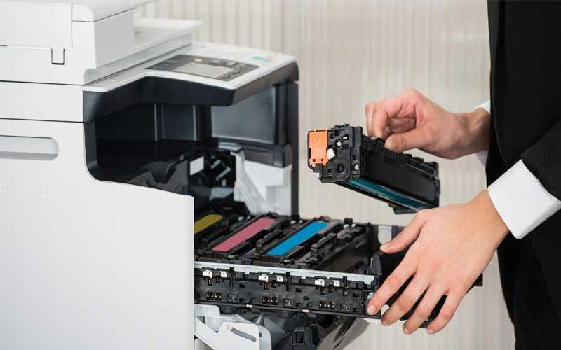 تعمیر قطعات پر مصرف دستگاه کپی