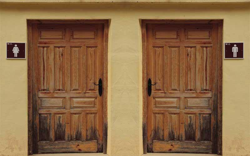 تعمیر درب چوبی دستشویی
