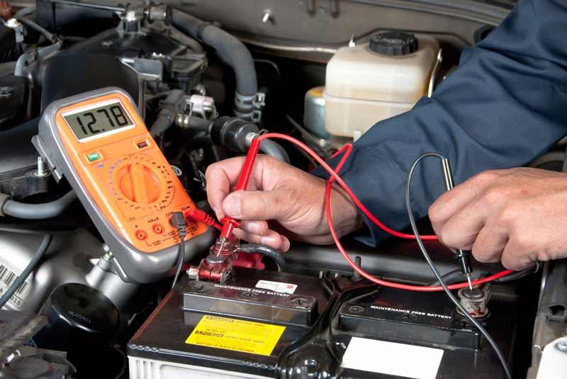 تشخیص زمان تعویض باتری خودرو